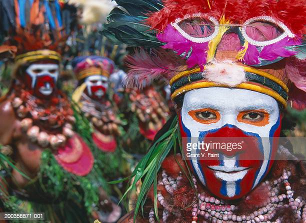 Papua New Guinea, Goroka, man wearing ceremonial costume, close-up