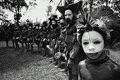 Papua New Guinea, Tari Highlands, Huli Wigmen in traditional costume