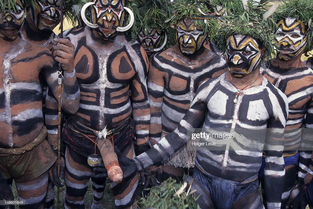 Papua New Guineans of Duna Tribe, Port Moresby Cultural Festival.