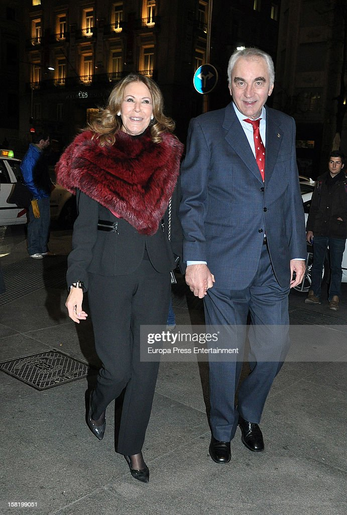 Paquita Torres and Clifford Luyk arrive at 'As Del Deporte' Awards 2012 on December 10, 2012 in Madrid, Spain.
