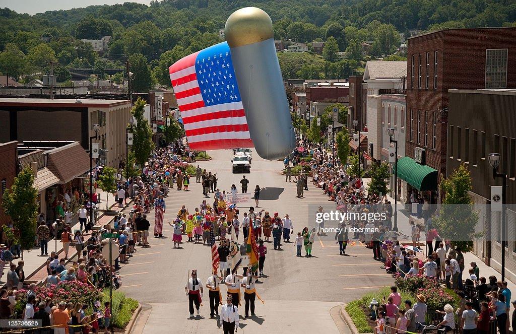 Parade : Stock Photo