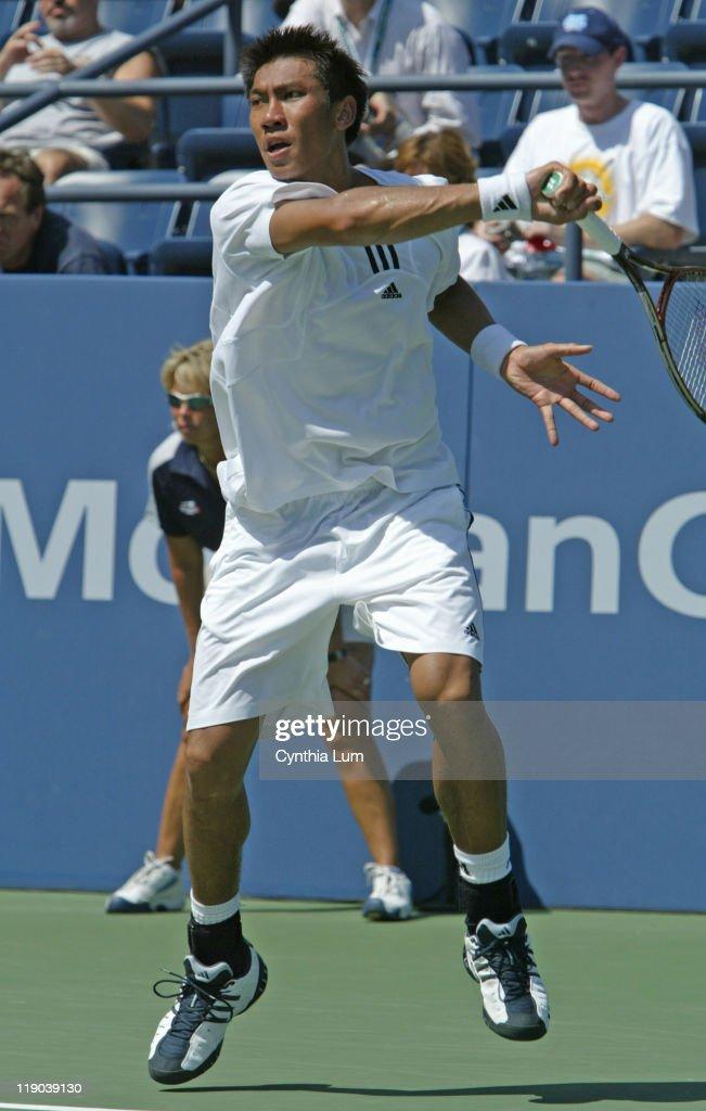 2004 US Open - Men's Singles - First Round Victor Hanascu vs Paradorn Srichaphan