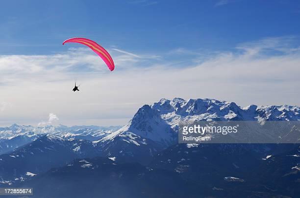 Gleitschirm in den Alpen