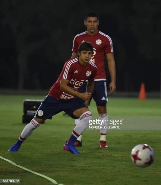 Paraguayan national football team player Oscar Romero takes part in a training session ahead of their FIFA World Cup 2018 South American qualifier...