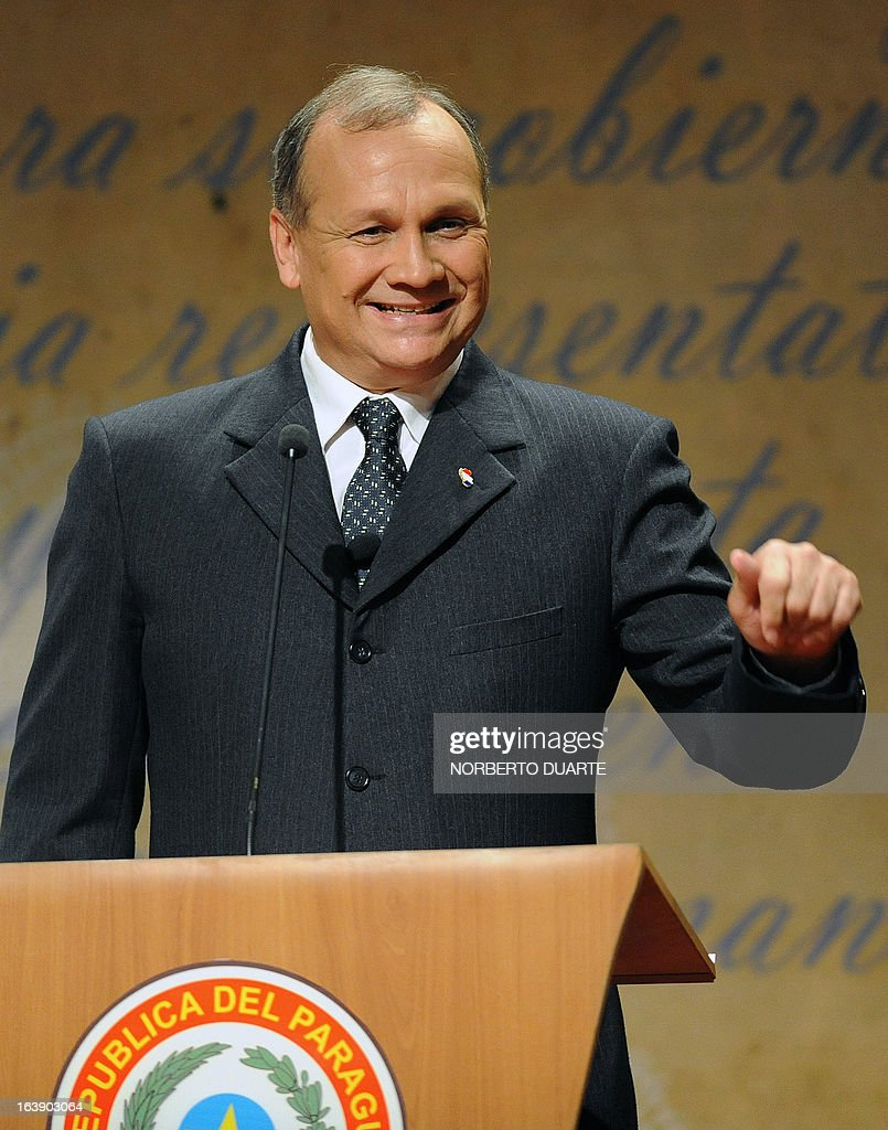 Paraguayan presidential candidate Mario Ferreiro of Avanza Pais gestures just before the start of a televised presidential debate on March 17, 2013 in Asuncion. Paraguay will hold presidential elections next April 21. AFP PHOTO/Norberto Duarte