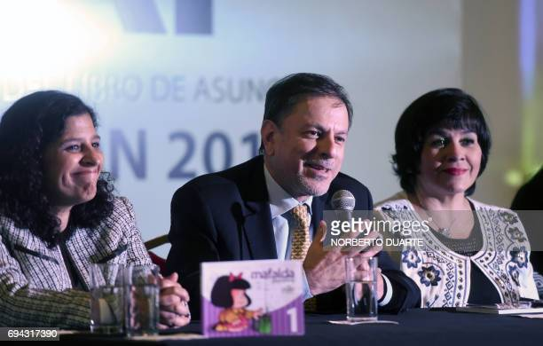 Paraguay's Education Ministry Educational Development Committee director Maria Gloria Pereira and Argentine ambassador to Paraguay Eduardo Zuain...
