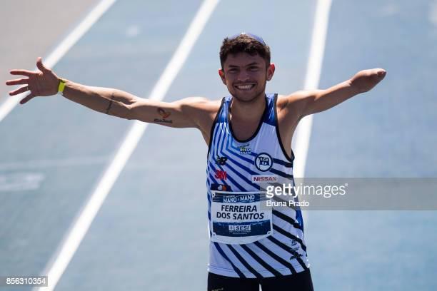 Paralympic athlete Petrucio Ferreira of Brazil during the 'Mano a Mano Athletics Challenge' at the Brazilian Jockey Club on october 01 2017 in Rio de...
