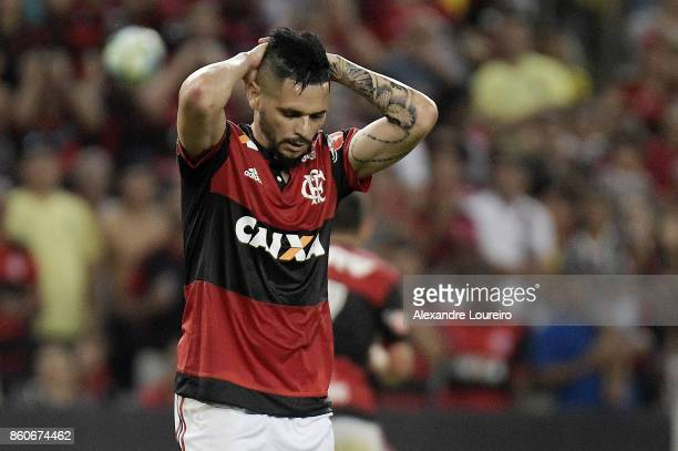 Para of Flamengo reacts during the match between Flamengo and Fluminense as part of Brasileirao Series A 2017 at Maracana Stadium on October 12 2017...