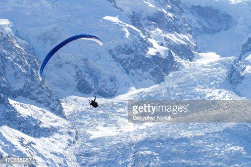 Parapente with Glacier
