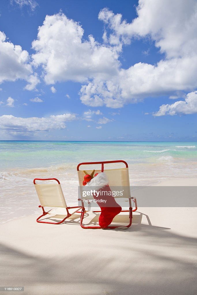 Parent and child beach chairs at Christmas time : Stock Photo