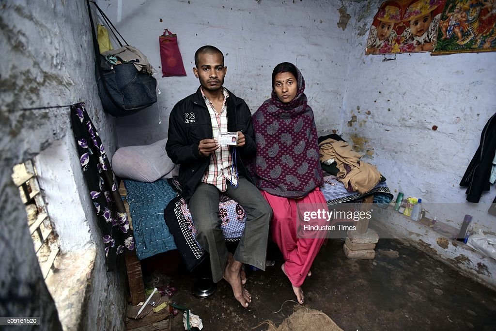 Parents of five-year-old boy Ankit Kumar who died after falling inside an open septic tank in his school at Kapashera on February 9, 2016 in New Delhi, India. Ankit, died at the local MCD school on January 27 drowned in a tank, much like Ryan International student Divyansh three days later.