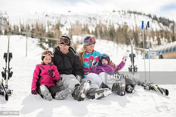 Eltern, die Lehre Ihren Mädchen wie Ski