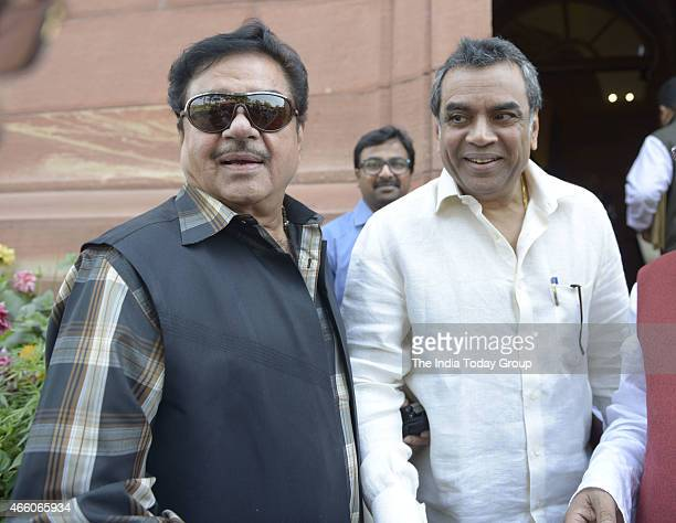 Paresh Rawal and Shatrughan Sinha at Parliament during Parliament Budget Session