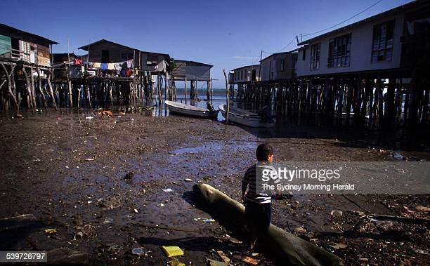 Pari fishing village in Papua New Guinea 12 July 2002 SMH Picture by JACKY GHOSSEIN