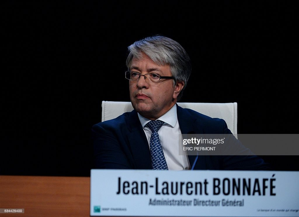 BNP Paribas Chief Executive Jean-Laurent Bonnafe arrives to address the group's general meeting in Paris on May 26, 2016. / AFP / ERIC