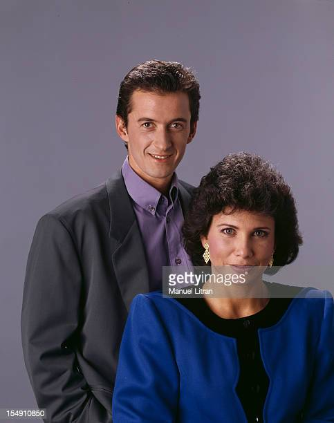 Paris 1 October 1989 Christopher and Anne SINCLAIR DECHAVANNE pose in the studio They will present on TF1 in collaboration with 'Paris Match' the...