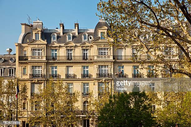 パリ市内のアパートメント
