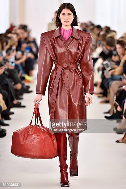 Paris Fashion Week Balenciaga Spring/Summer 2017 collection
