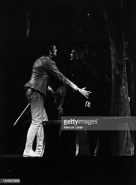 a study of moliere s play don Dom juan or the feast with the statue (french: dom juan ou le festin de pierre [dɔ̃ ʒɥɑ̃ u lə fɛstɛ̃ də pjɛʁ] or simply le festin de pierre) is a french play, a comedy in five acts, written by molière, and based on the legend of don juan.