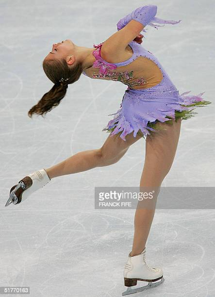 Italian carolina Kostner performs during the women's dance free programme of the Trophee Bompard 20 November 2004 at the PalaisOmnisports de...