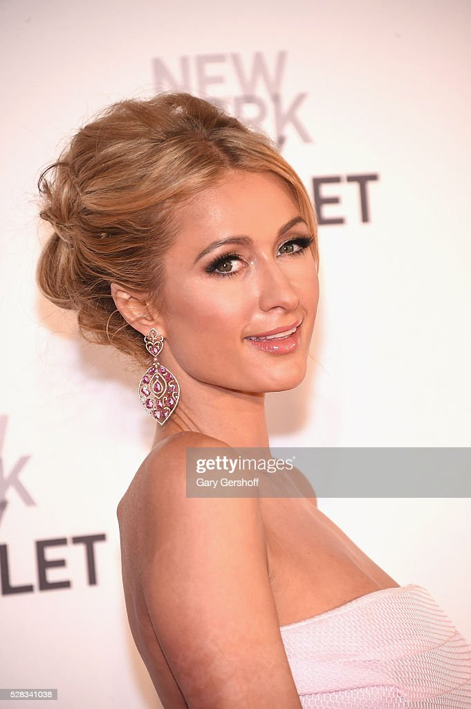 <a gi-track='captionPersonalityLinkClicked' href=/galleries/search?phrase=Paris+Hilton&family=editorial&specificpeople=171761 ng-click='$event.stopPropagation()'>Paris Hilton</a> attends the 2016 New York City Ballet Spring Gala at David H. Koch Theater at Lincoln Center on May 4, 2016 in New York City.