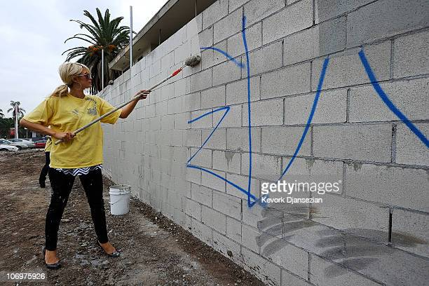Paris Hilton performs community service with Hollywood Beautification Team on November 19 2010 in Los Angeles California