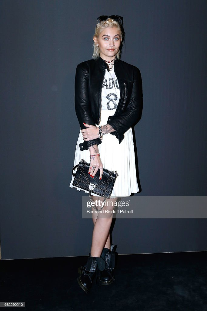 paris-jackson-attends-the-dior-homme-menswear-fallwinter-20172018-as-picture-id632290210
