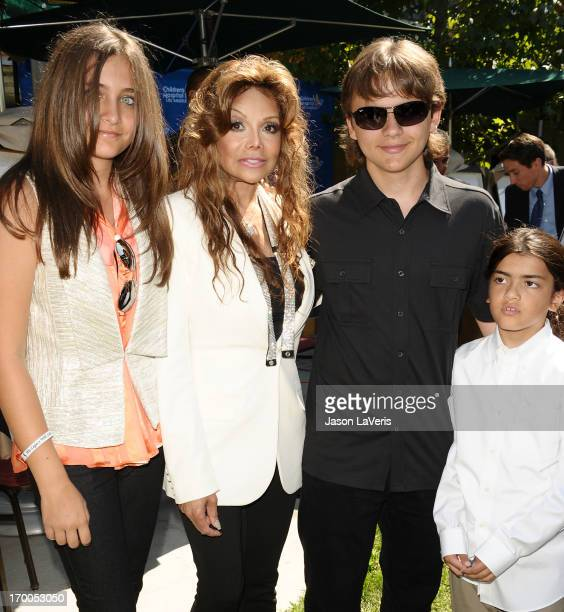 Paris Jackson La Toya Jackson Prince Michael Jackson and Blanket Jackson attend the Jackson Family donation event at Children's Hospital Los Angeles...