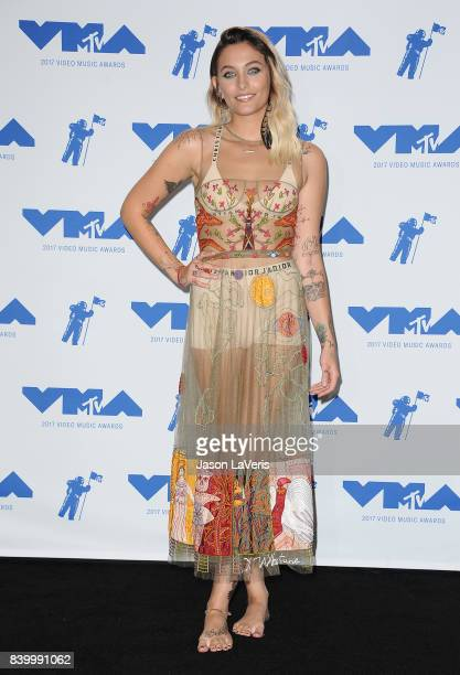 Paris Jackson poses in the press room at the 2017 MTV Video Music Awards at The Forum on August 27 2017 in Inglewood California