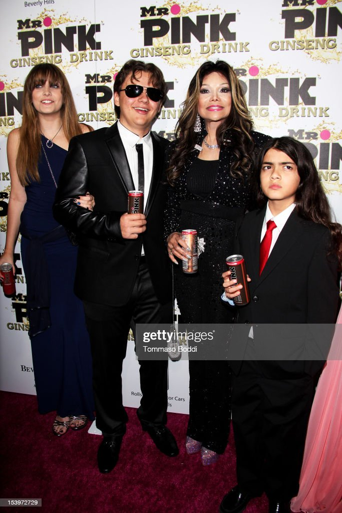 <a gi-track='captionPersonalityLinkClicked' href=/galleries/search?phrase=Paris+Jackson+-+Actress&family=editorial&specificpeople=2208441 ng-click='$event.stopPropagation()'>Paris Jackson</a>, Prince Jackson, La Toya Jackson and Blanket Jackson attend the Mr. Pink ginseng drink launch party held at the Regent Beverly Wilshire Hotel on October 11, 2012 in Beverly Hills, California.
