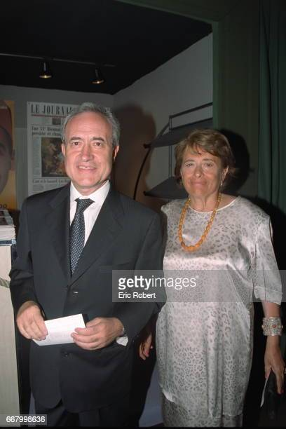 Paris mayor Jean Tib{ri with his wife Xavi}re at the charity diner at the Biannual Antiques Show in Paris