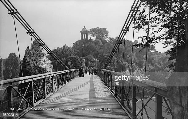 Paris Park of ButtesChaumont The footbridge