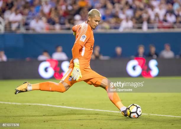 Paris SaintGermain goalkeeper Alphonse Areola kicks a goal kick during the International Champions Cup match between Tottenham Hotspur and Paris St...