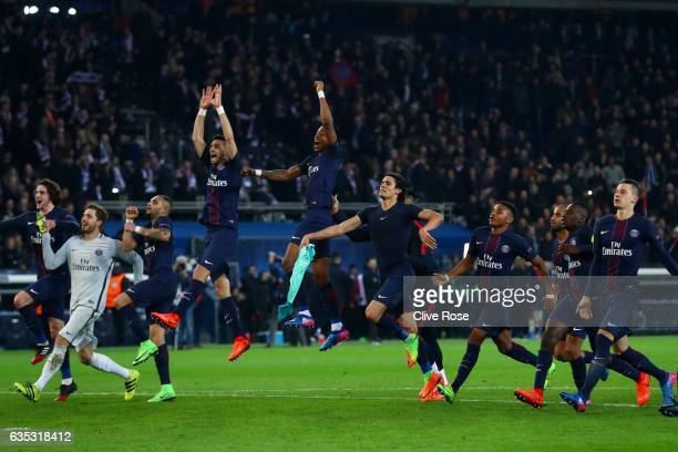 Paris SaintGermain players celebrate victory after the UEFA Champions League Round of 16 first leg match between Paris SaintGermain and FC Barcelona...
