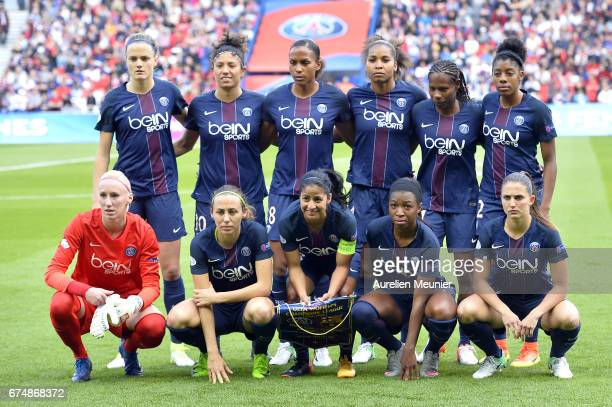 Paris SaintGermain players pose before the Women's Champions League match between Paris Saint Germain and Barcelona at Parc des Princes on April 29...