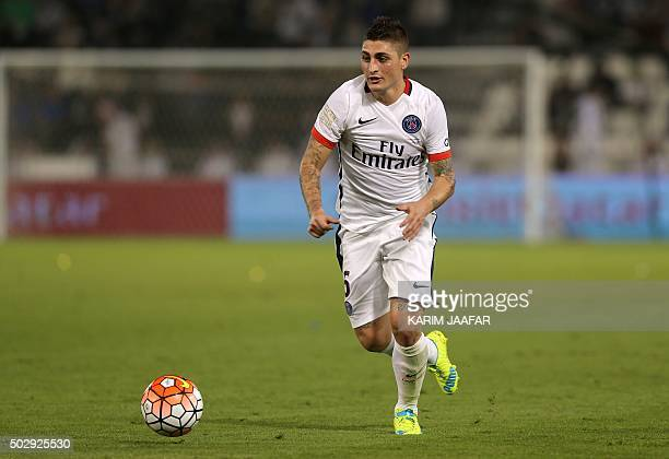 Paris SaintGermain 's Italian midfielder Marco Verratti controls the ball during the friendly football match between PSG and Inter Milan at Jassim...
