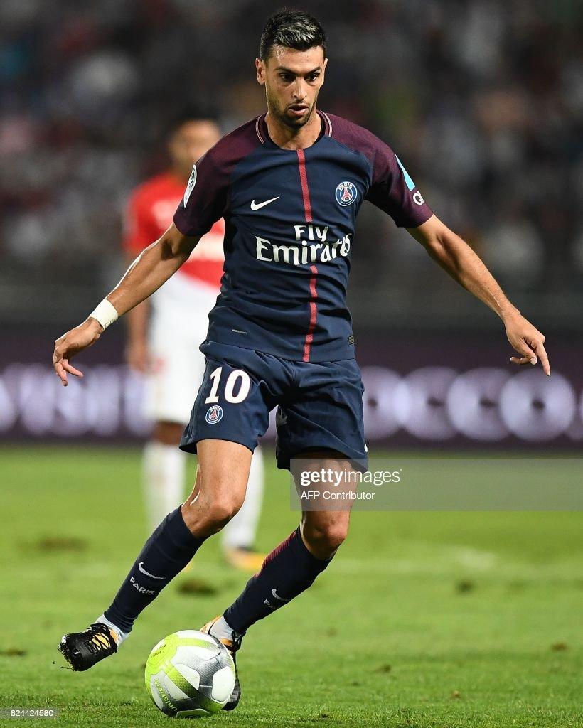 Paris Saint Germain s Argentinian forward Javier Pastore controls