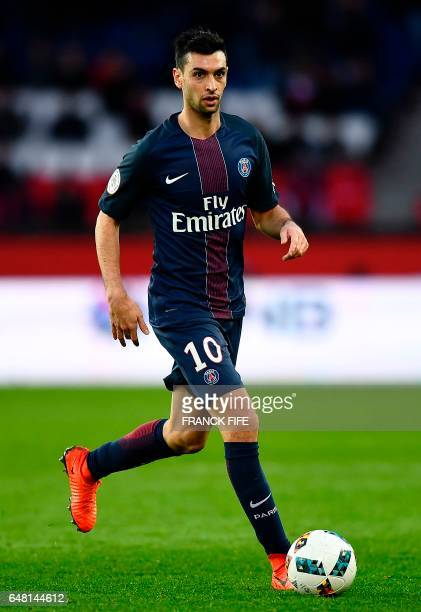 Paris SaintGermain's Argentinian forward Javier Pastore drives the ball during the French L1 football match between Paris SaintGermain and Nancy at...