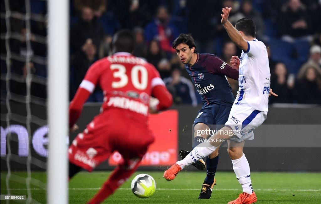 Paris Saint Germain v Troyes Estac - Ligue 1