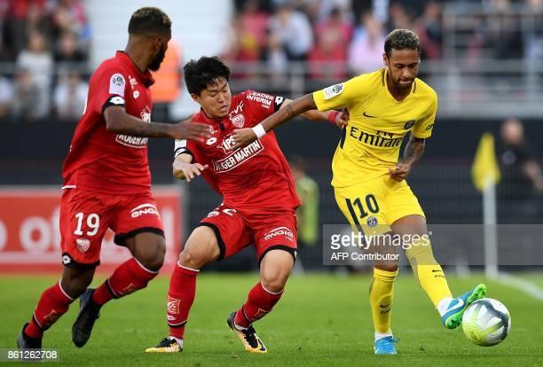 TOPSHOT Paris SaintGermain's Brazilian forward Neymar vies with Dijon's SouthKorean midfielder Chang Hoon Kwon during the French L1 football match...