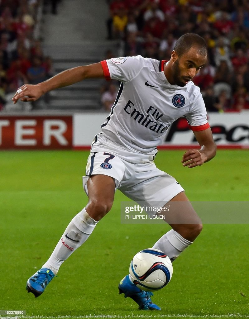 Paris Saint-Germain's Brazilian midfielder Lucas controls the ball during the French first division Ligue 1 football match between Lille and PSG on August 7, 2015 at the Pierre Mauroy Stadium in Villeneuve.