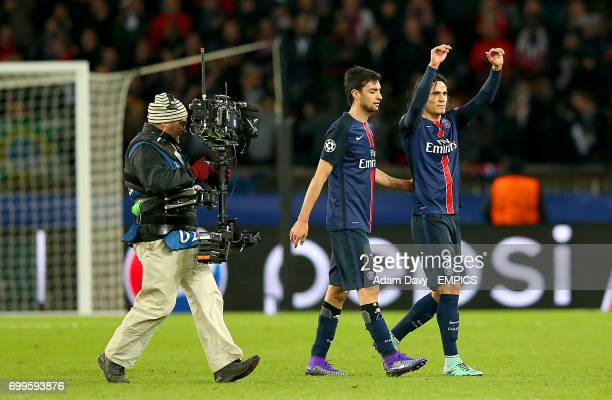 Paris SaintGermain's Edinson Cavani and Javier Pastore applaud the fand after the final whistle