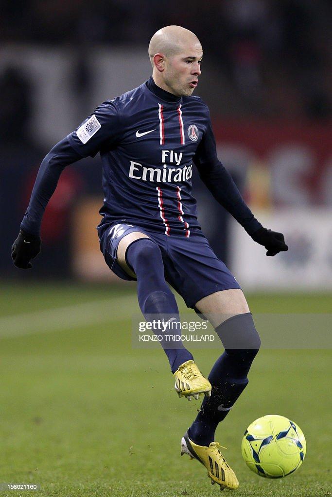 Paris Saint-Germain's French defender Christophe Jallet controls the ball during the French L1 football match Paris Saint-Germain (PSG) vs Evian Thonon Gaillard (ETGFC) on December 8, 2012 at the Parc des Princes stadium in Paris. Paris won 4-0.