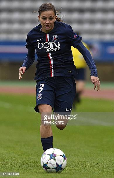 Paris SaintGermain's French defender Laure Boulleau controls the ball during the UEFA Women's Champions League semifinal second leg football match...