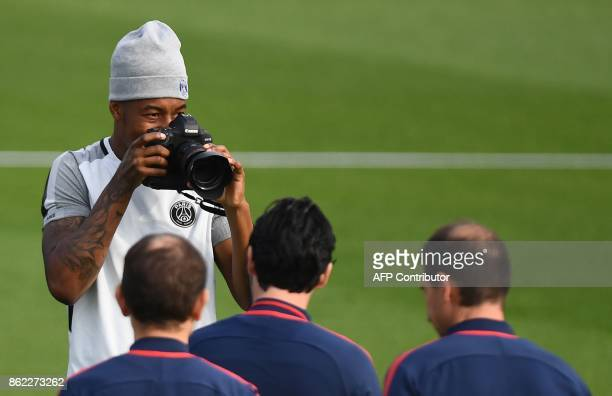 Paris SaintGermain's French defender Presnel Kimpembe reacts during a training session on October 17 2017 in SaintGermainenLaye western Paris on the...