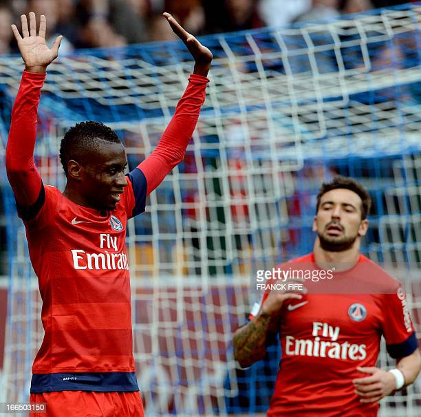 Paris SaintGermain's French midfielder Blaise Matuidi is congratulated by teammates after scoring a goal during the French L1 football match Troyes...