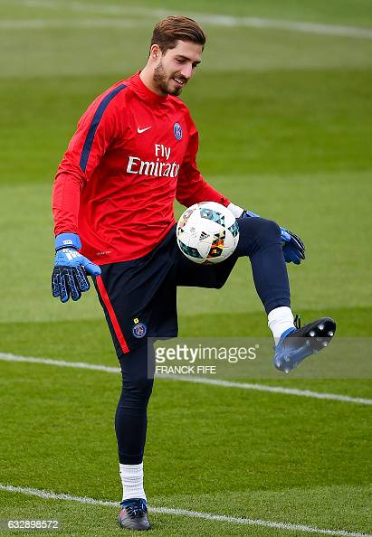 Paris SaintGermain's German goalkeeper Kevin Trapp controls the ball during a training session on January 28 2017 in SaintGermainenLaye western Paris...