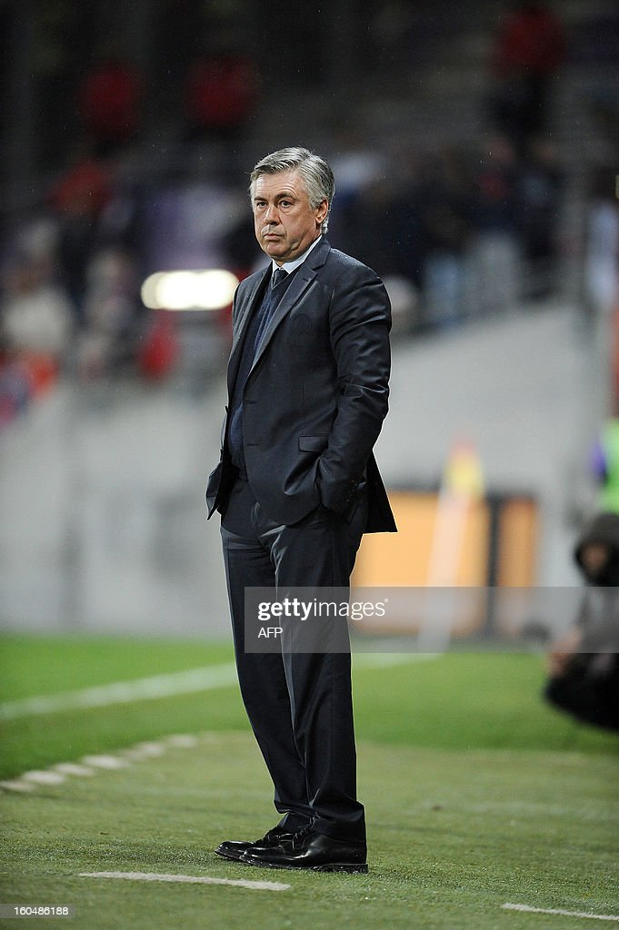 Paris Saint-Germain's Italian head coach Carlo Ancelotti reacts during the French L1 football match Toulouse (TFC) vs Paris Saint-Germain (PSG), on February 1, 2013, at the municipal stadium in Toulouse. AFP PHOTO REMY GABALDA