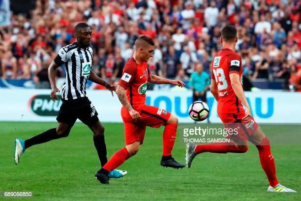 Paris SaintGermain's Italian midfielder Marco Verratti controls the ball during the French Cup final football match between Paris SaintGermain and...