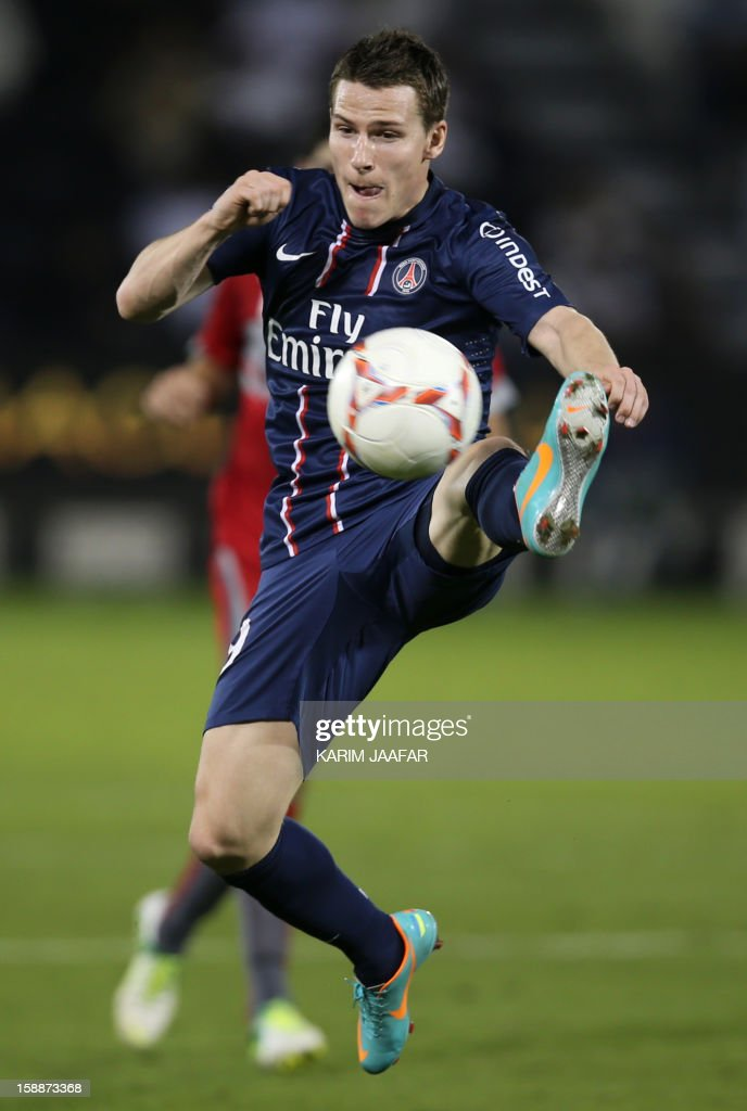 Paris Saint-Germain's (PSG) Kevin Gameiro controls the ball during a friendly football match against Qatar's Lekhwiya in Doha on January 2, 2013. PSG won 5-1.
